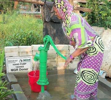 Give One Hand-pump